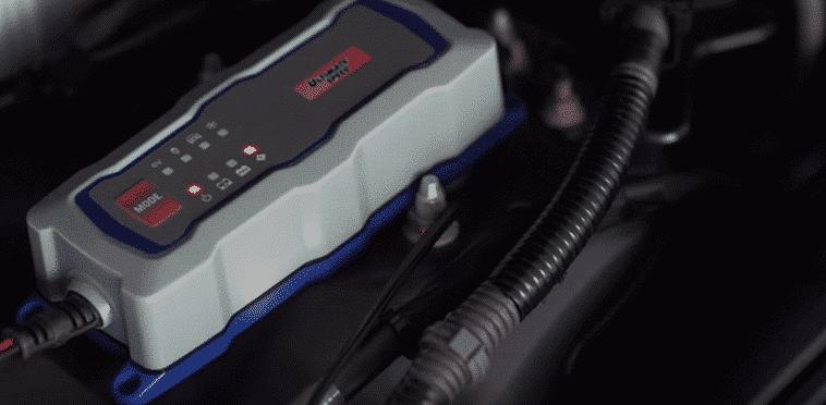 Cargador de baterías de coche, moto o móvil