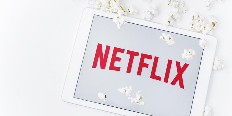 Cómo compartir una cuenta de Netflix con familiares y amigos